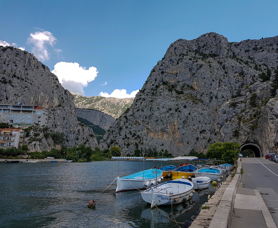 Omis-Croatia-Adriatic-coast-Dalmatia