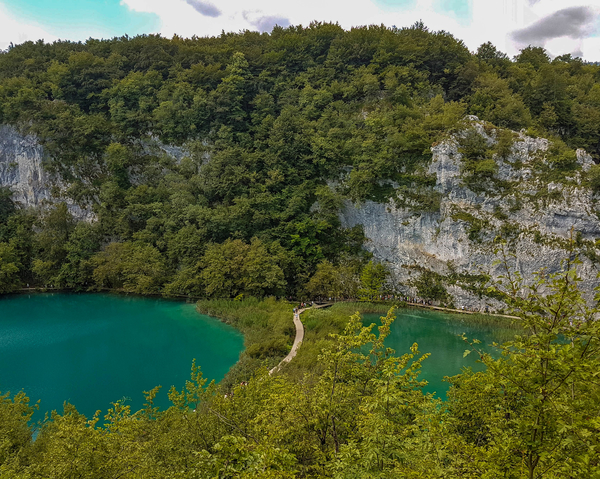 Plitvice are known for being composed of karst – limestone rocks called Dinarides