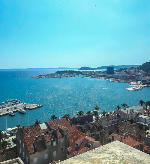 The-view-from-bell-tower-in-Split-to-prominade-and-Adriatic-sea
