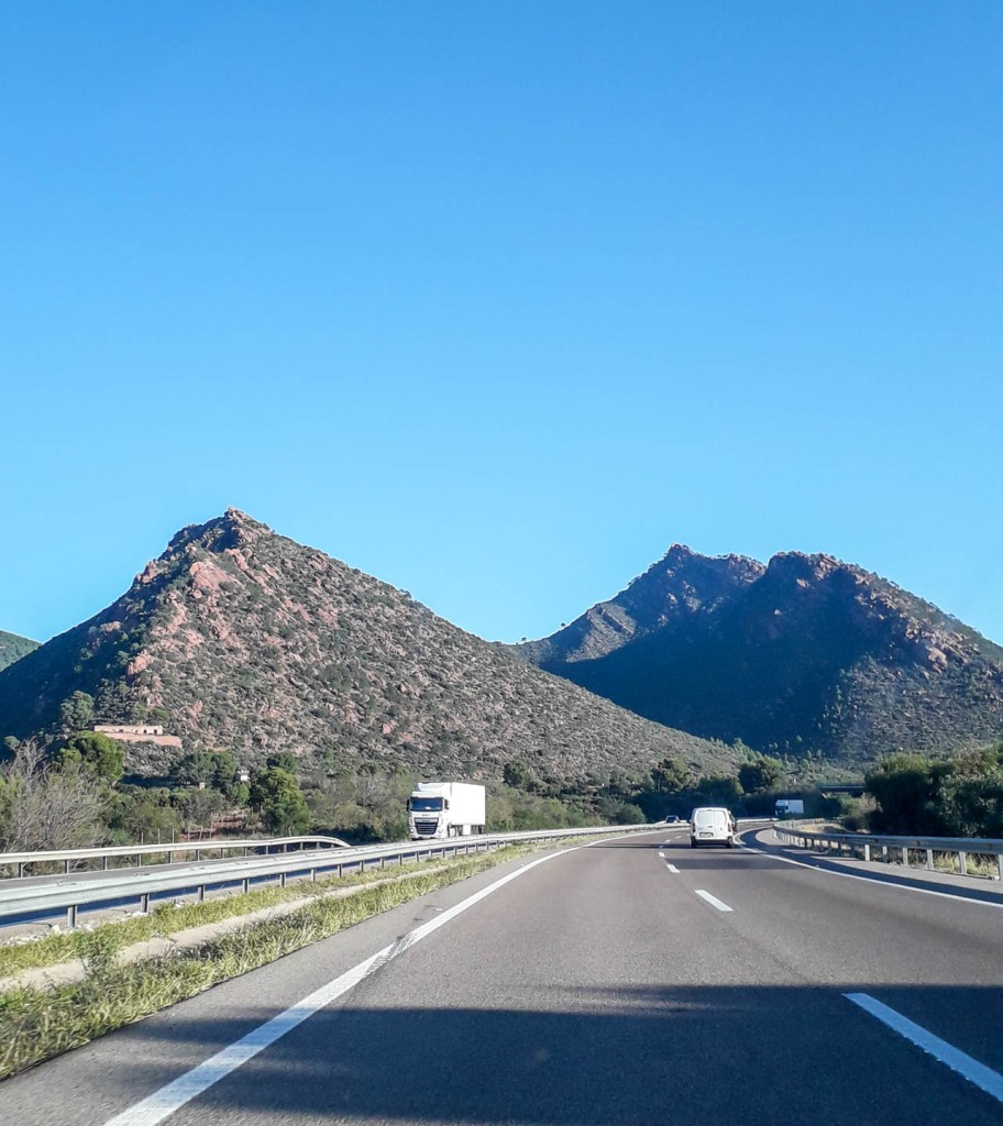Sharp mountain tops along the spanish highway
