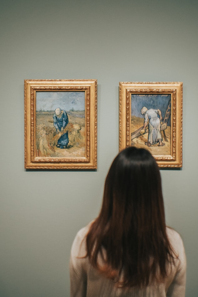 Observing  artworks in Rijksmuseum