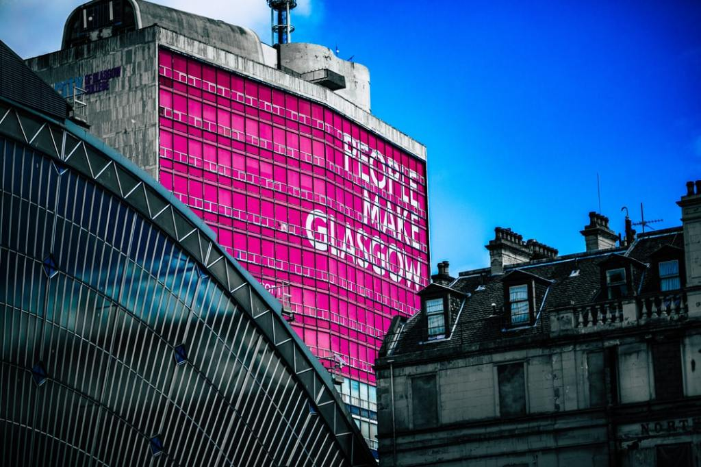People make Glasgow sign